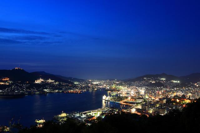 鍋冠山からの夜景